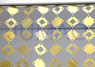 Placas redondas do ouro decorativo geométrico das cortinas do metal das placas para o interior
